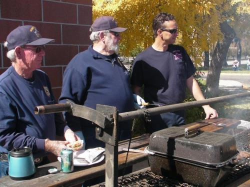 67821-firewives4_grill.jpg
