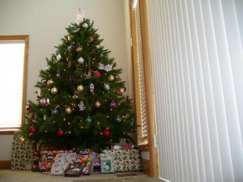 69399-q_december_12.jpg
