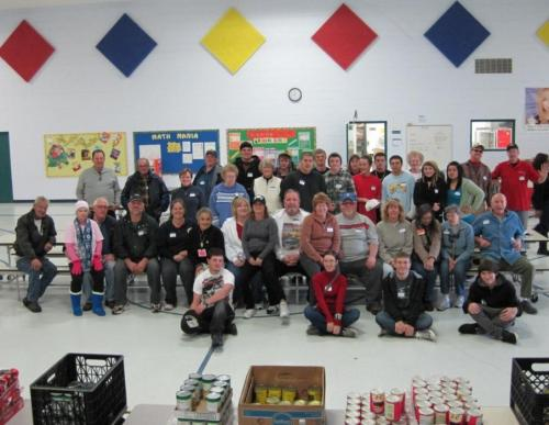 dayton food pantry volunteers.jpg
